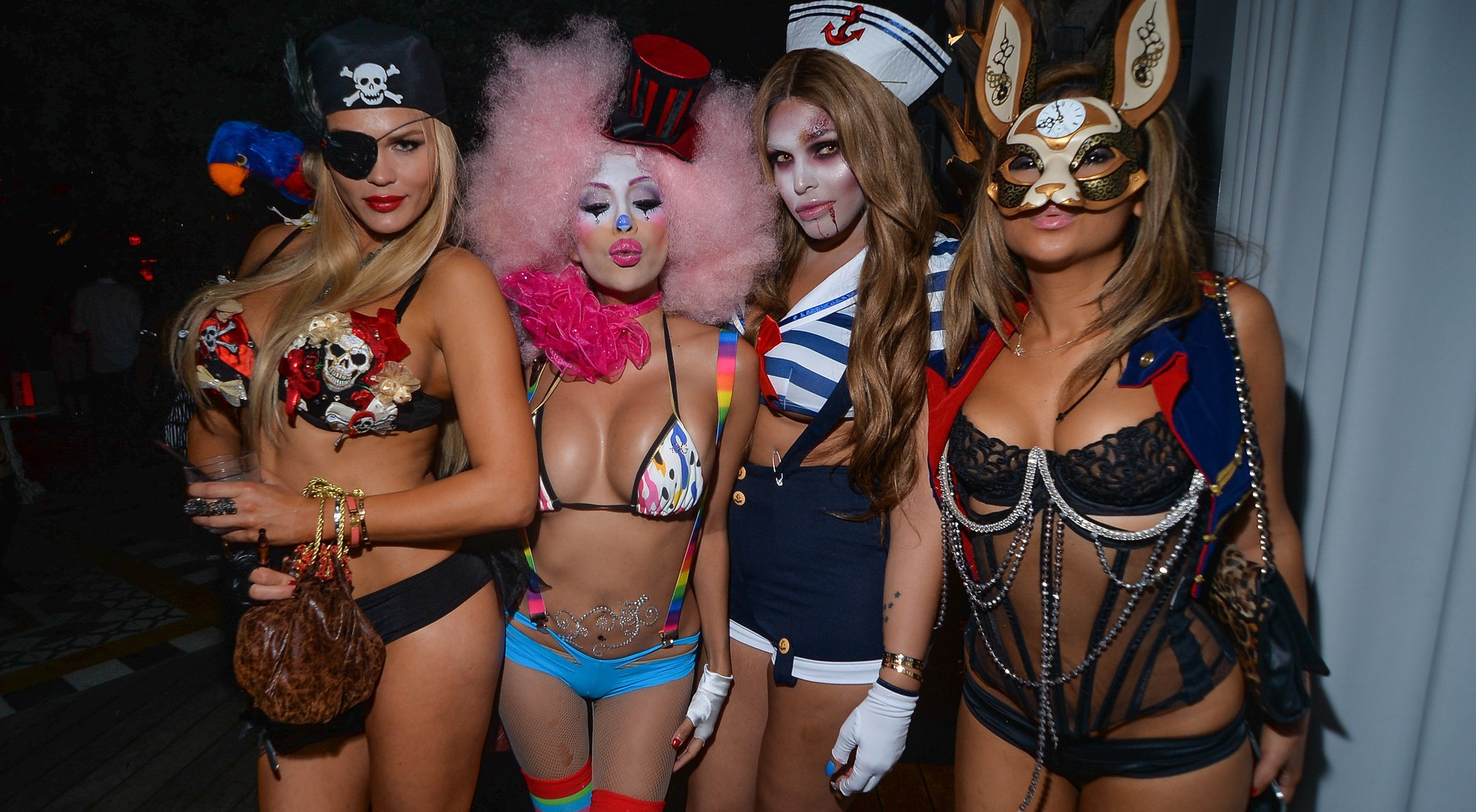 Party Patrol- Halloween Edition – ViqueIntheMix